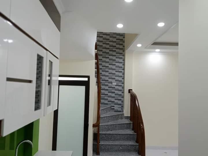 Bán Nhà đường Ngọc Hồi, Thanh Trì, DT35m2x5 tầng Giá 3.1 tỷ Lh 0915607881