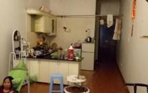 Chính chủ Cho thuê căn hộ chung cư tập thể số 6 Trung Liệt Đống Đa - HN. DT 46m2 gồm 1PN 1WC giá 5tr/tháng LH 0934560277