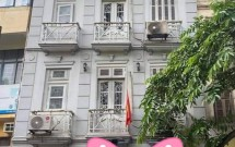 Chính chủ cho thuê nhà mặt phố Cửa Bắc, Ba Đình DT32m2x4.5 tầng Giá 25tr/th Lh 0913930080
