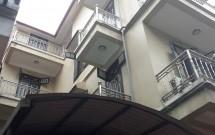 Chính chủ Cho thuê nhà riêng ngõ 310 Nghi Tàm, 70m2 x 4 tầng, giá 15 tr/tháng, LH 0374 364 678