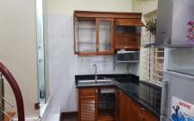Cho thuê nhà phố cổ số 137 Hàng Bông làm homestay - căn hộ dịch vụ LH: 0904170152