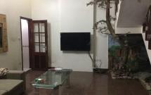 Cho thuê nhà phố Kim Mã, Ngọc Khánh, dt 35m2 x 4 tầng, 3pn, Giá 8tr/tháng LH 0912 555 595